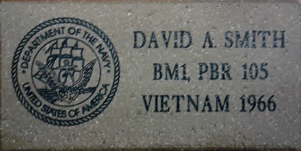 Small Paver with symbol example with name, rank, war served in and military symbol for branch of service
