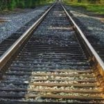 Image of empty train tracks